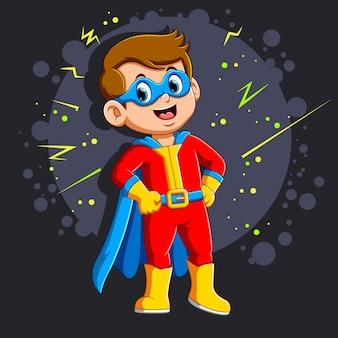 Superheld jongen met een glimlach
