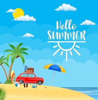 Surfen weekend concept. auto met surfplank en koffers op een strand met palmen