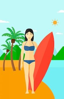 Surfer surfplank te houden