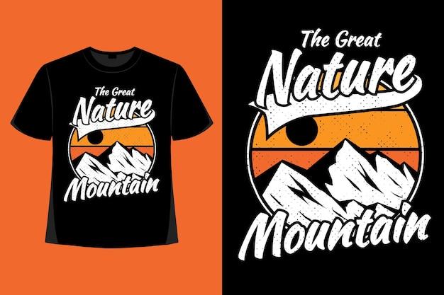 T-shirt ontwerp van geweldige natuur berg hand getekende retro vintage illustratie