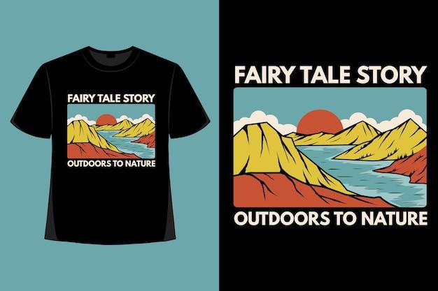 T-shirt ontwerp van sprookje buitenshuis berg natuur hand getekende vintage illustratie