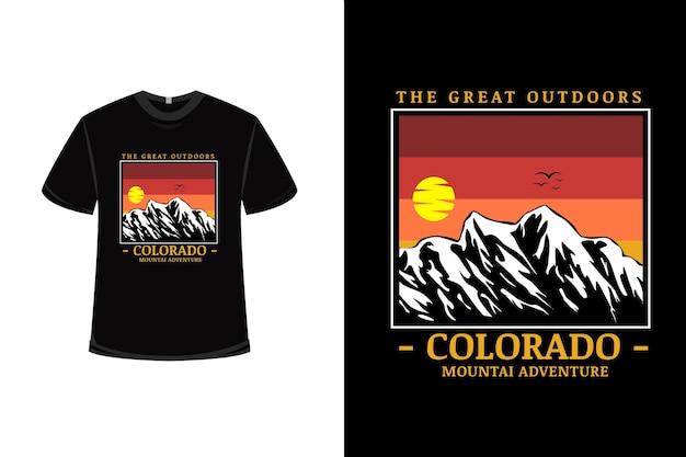 T-shirtontwerp met het buitenleven inado in oranje en wit