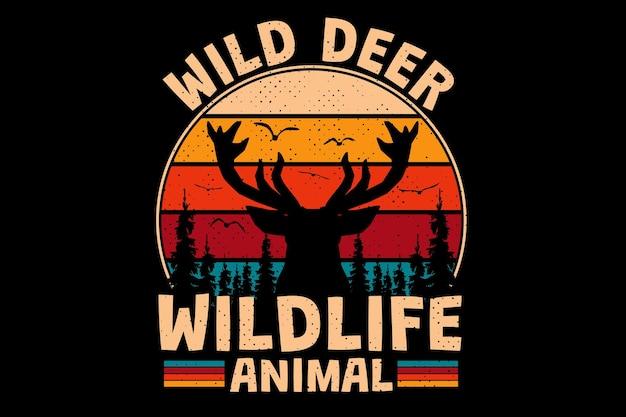 T-shirtontwerp met wilde herten dennenboom dieren in het wild in retro vintage stijl