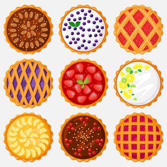Taarten bovenaanzicht. voedsel bakken, heerlijke appel, bosbessen, pecannoten en lekkere kersentaart