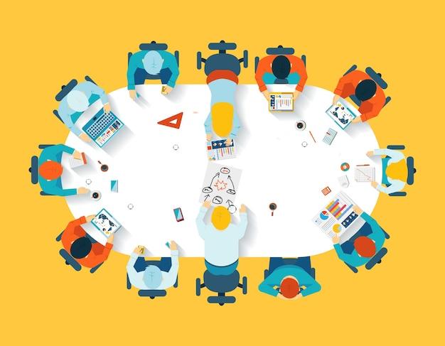 Teamwerk. zakelijke brainstormen bovenaanzicht. kantoorteam, vergadertafel, mensen en gezelschap