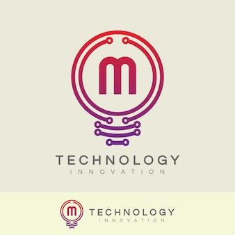 Technologie-innovatie eerste letter m logo-ontwerp