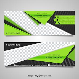 Technologische banner met groene geometrische vormen