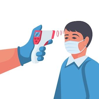 Temperatuurcontrole. arts die een contactloze thermometer in hand houdt