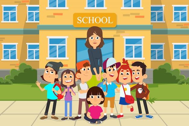 Terug naar school concept met jonge lachende vrouw leraar en groep kinderen