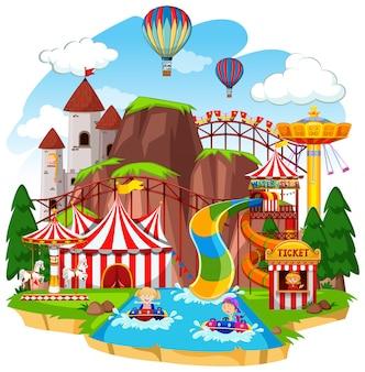 Themapark met veel attracties en waterglijbaan