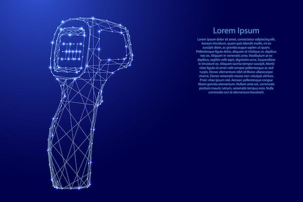 Thermometer pistool elektronisch contactloos van futuristische veelhoekige blauwe lijnen en gloeiende sterren.