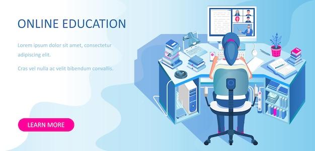 Thuis online leren. student zit aan een bureau en kijkt naar de computermonitor. e-learning banner. afstandsonderwijs.