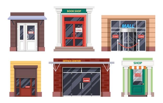 Toegangsdeuren van winkels met gesloten bewegwijzering