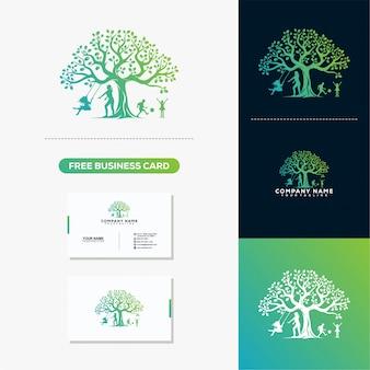 Tree Leaf Creative Logo en visitekaartje ontwerp