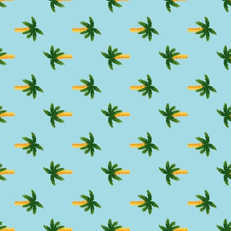 Tropisch naadloos doodlepatroon met groene palmboomelementen. blauwe heldere achtergrond. zomerse stijl. ontworpen voor stofontwerp, textielprint, verpakking, omslag. vector illustratie.