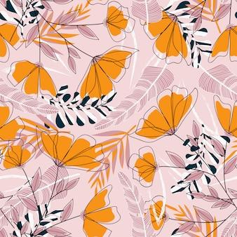 Tropisch naadloos patroon met kleurrijke planten en bloemen op een delicaat roze