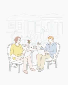 Twee freelancers praten banen in openluchtcafé in lijntekeningen