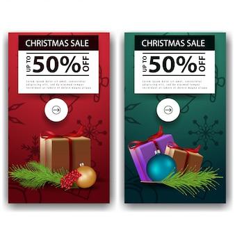 Twee kerstkorting banners in een minimalistische stijl met geschenken