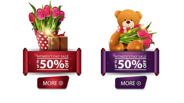 Twee kortingsbanners voor de dag van de vrouw met knopen, tulpen en teddybeer