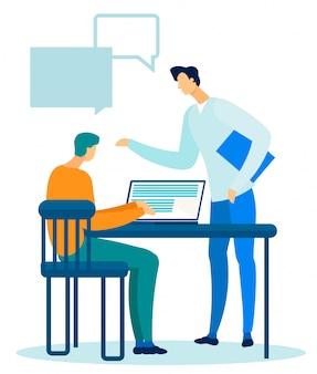 Twee managers, leider en werknemer praten in office