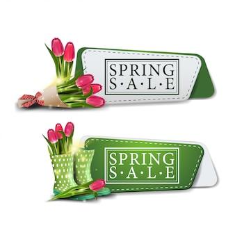 Twee moderne banners van de de lenteverkoop met boeket van tulpen