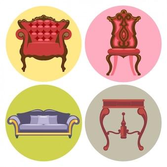 Twee stoelen, een tafel en een bank