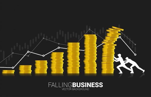 Twee zakenlieden proberen de instortende vallende stapel stapel munten te herstellen.