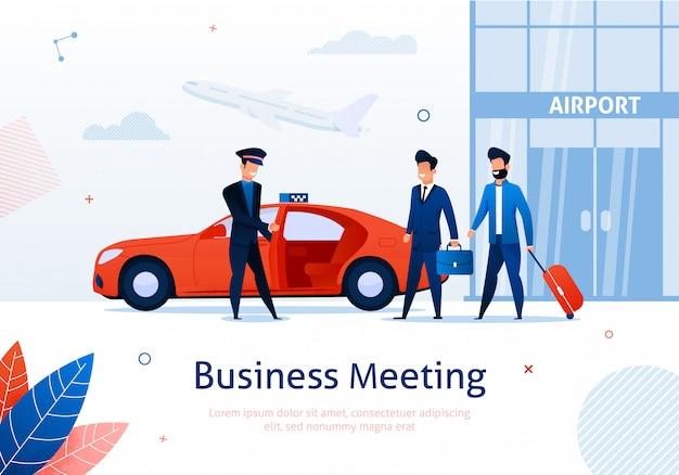 Twee zakenmensen nemen taxi in de buurt van de luchthaven.