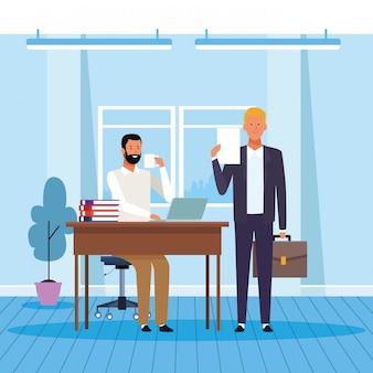 Twee zakenpartners werken