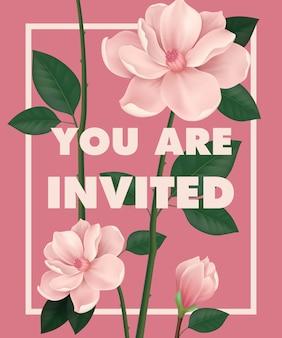 U bent uitgenodigd met letters belettering met cherry bloemen op roze achtergrond.