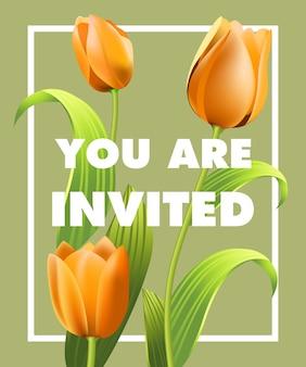 U bent uitgenodigd voor belettering met oranje tulpen op een grijze achtergrond.