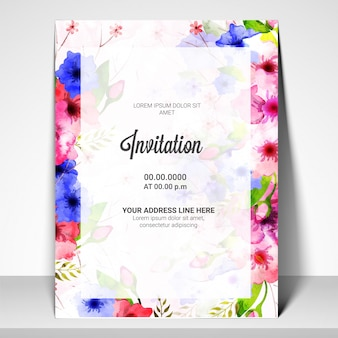 Uitnodigingskaart sjabloon met kleurrijke bloemen.