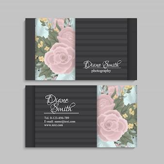 Uitstekend adreskaartje met bloemen en bessen