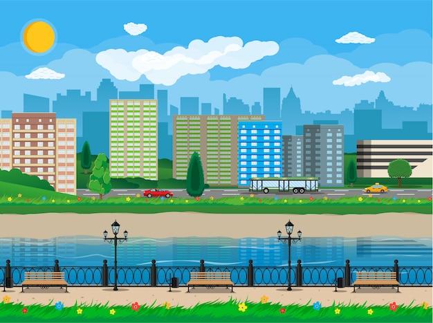 Uitzicht op de moderne stad. waterfront, rivier, kade