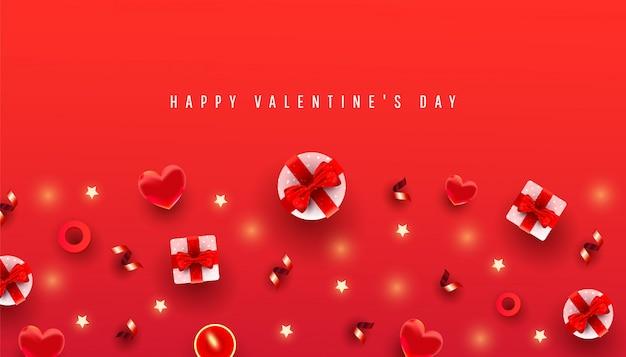 Valentijnsdag horizontaal met rand gemaakt van cadeau boxex, liefde vorm en decor patroon op rood met tekst van de felicitatie. chique wenskaart.