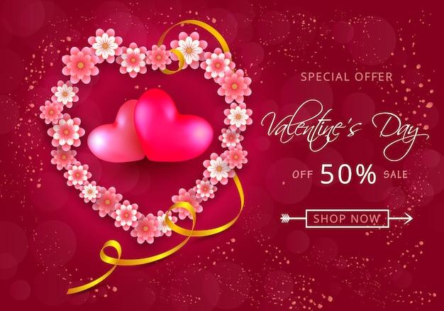 Valentijnsdag verkoop kaart in de vorm van hart van papier-snijbloemen op roze