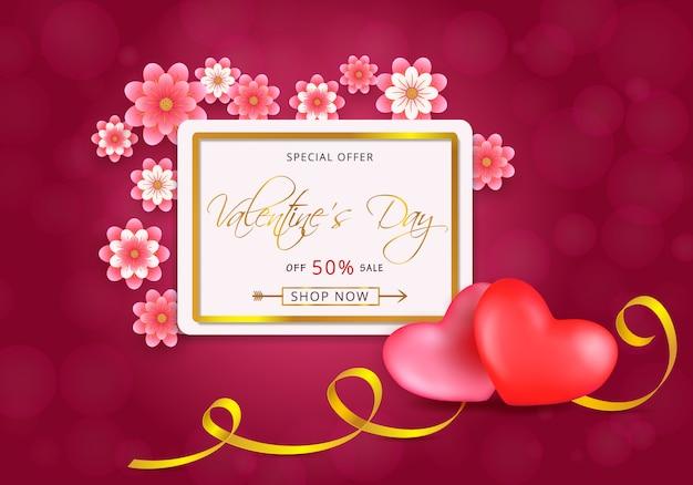 Valentijnsdag verkoop kaart met gouden frame met harten en papier-snijbloemen op roze