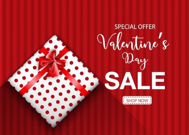 Valentijnsdag verkoop promobanner met geschenkdoos