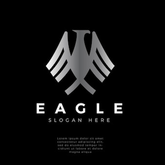 Valk, havik, adelaarsvleugels sterk monogram logo-ontwerp