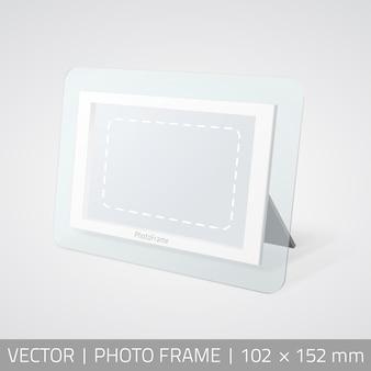 Vector geïsoleerde fotolijst in perspectief. realistische fotolijst staande op het oppervlak met schaduw.