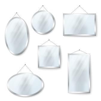 Vector hangende spiegels geïsoleerd op wit