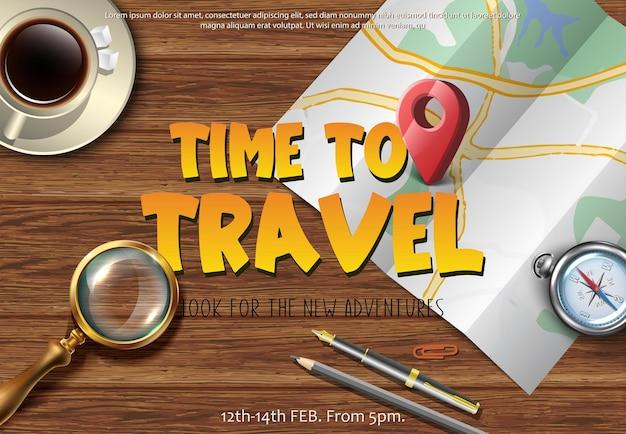 Vector reizen banner reiskaart op de houten tafel van bovenaf met vergrootglas en kompas