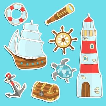 Vector set stickers op het thema zee: schip, anker, vuurtoren, stuur, enzovoort. voor ontwerp en decoratie
