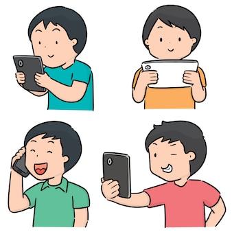 Vectorreeks mensen die smartphone gebruiken