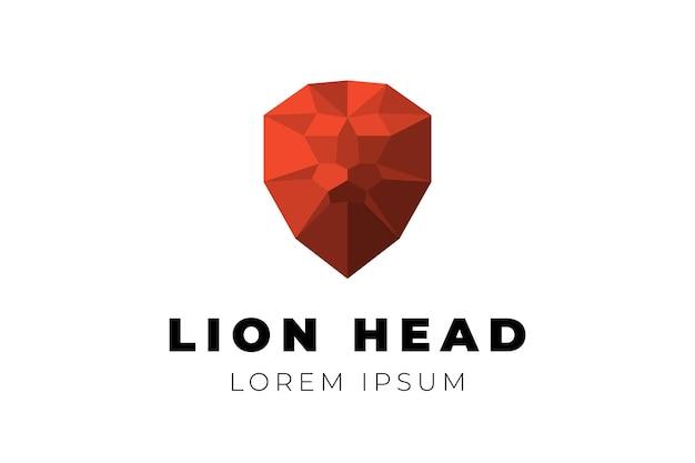 Veelhoekige geometrische laag poly leeuwenkop driehoek origami veelhoek rode vectorillustratie