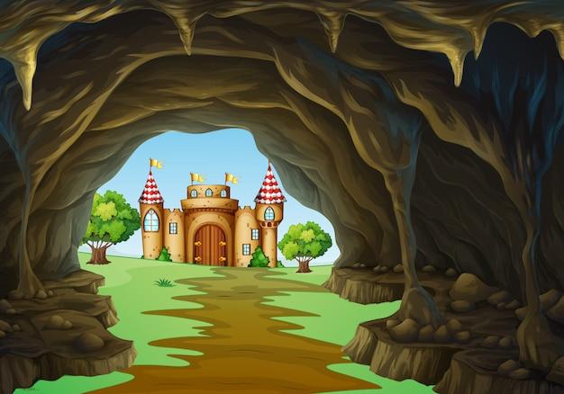 Ver weg koninkrijk met kasteel en grot