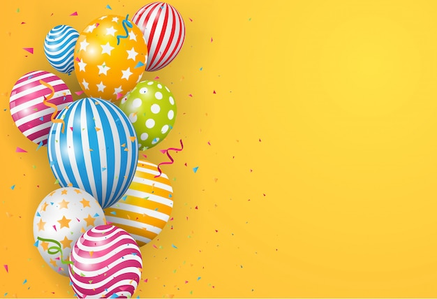 Verjaardagsballon met kleurrijke confetti op oranje achtergrond