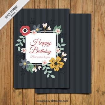 Verjaardagskaart met bloemen details in vintage stijl