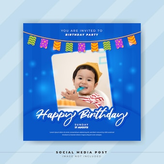 Verjaardagssjabloon voor social media-postbannerfeestuitnodiging of wenskaart