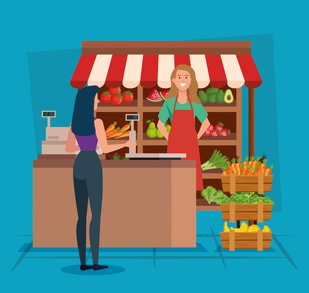 Verkoopster in de natuurlijke winkel met vrouwenklant